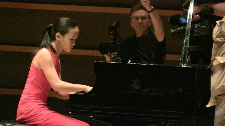 Jennifer Wang1